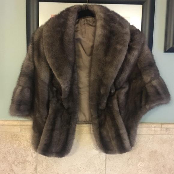Lutetia Jackets & Blazers - Vintage  |  mink caplet
